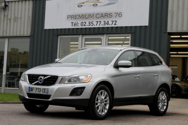 Photo 1 de l'offre de VOLVO XC60 D5 205 AWD SUMMUM GEARTRONIC à 12450€ chez Premium Cars 76