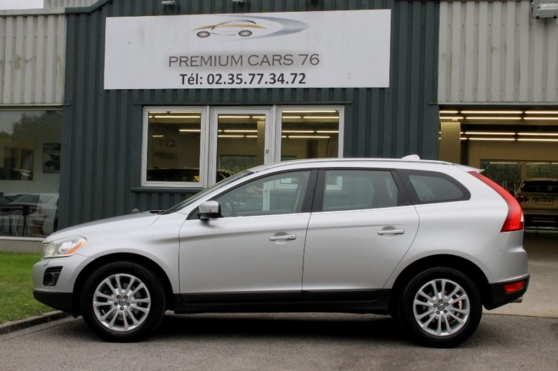 Photo 7 de l'offre de VOLVO XC60 D5 205 AWD SUMMUM GEARTRONIC à 12450€ chez Premium Cars 76