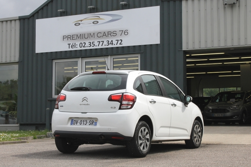 Photo 2 de l'offre de CITROEN C3 (2E GENERATION) II (2) 1.6 BLUEHDI 75 CONFORT à 7450€ chez Premium Cars 76